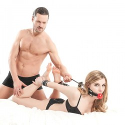 ROOM FUN Ball Gag and Wrist Restraint set